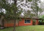 Foreclosed Home in Lake Jackson 77566 341 OAK DR - Property ID: 4320439