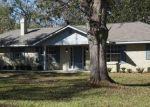 Foreclosed Home in Foley 36535 621 E VERBENA AVE - Property ID: 4321072