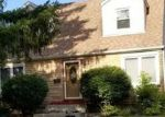 Foreclosed Home in Des Plaines 60018 2935 S CRAIG DR - Property ID: 4321935
