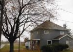 Foreclosed Home in Arlington 50606 119 PARK AVE - Property ID: 4323799
