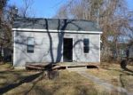 Foreclosed Home in Mason City 50401 112 14TH ST NE - Property ID: 4323808