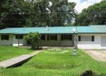 Foreclosed Home in Orange 77630 2725 33RD ST - Property ID: 4324235