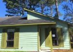 Foreclosed Home in Jacksonville 28546 163 VILLAGE CIR - Property ID: 4324901