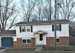 Foreclosed Home in Heyworth 61745 203 N POLAND ST - Property ID: 4325504
