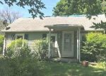 Foreclosed Home in Sterling 61081 1507 DILLON AVE - Property ID: 4325522