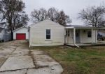 Foreclosed Home in Northwood 43619 407 FARNSTEAD DR - Property ID: 4326226