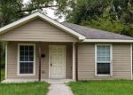 Foreclosed Home in Beaumont 77701 1437 FULTON ST - Property ID: 4327007