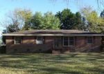 Foreclosed Home in Roanoke Rapids 27870 316 CHOCKOYOTTE ST - Property ID: 4328103