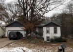 Foreclosed Home in Holland 49424 13284 JACKLYN DR - Property ID: 4328295
