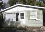 Foreclosed Home in Round Lake 60073 324 E CLARENDON DR - Property ID: 4328380