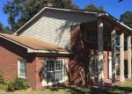 Foreclosed Home in Fayetteville 28303 531 N PLATTE RD - Property ID: 4332044