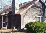 Foreclosed Home in Salem 62881 3675 CROSS RD - Property ID: 4332636