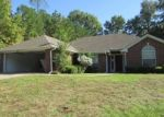 Foreclosed Home in Longview 75604 908 VICTORIA DR - Property ID: 4332901