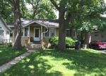 Foreclosed Home in Waukegan 60085 1327 HICKORY ST - Property ID: 4333794
