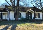 Foreclosed Home in De Kalb 75559 226 E CROCKETT ST - Property ID: 4334294