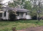 Foreclosed Home in Huntsville 35805 2201 2ND ST SW - Property ID: 4334597
