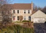 Foreclosed Home in Algonquin 60102 211 GREENS VIEW DR - Property ID: 4336416