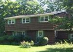 Foreclosed Home in Fayetteville 13066 134 SHADY LN - Property ID: 4338178