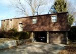 Foreclosed Home in Belleville 62223 12 BERKSHIRE DR - Property ID: 4339468