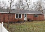 Foreclosed Home in Lansing 48911 5424 S WAVERLY RD - Property ID: 4339568