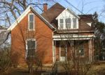 Foreclosed Home in Murphysboro 62966 528 LUCIER ST - Property ID: 4340110