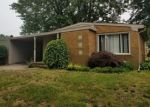 Foreclosed Home in Saint Clair Shores 48080 22706 SUNNYSIDE ST - Property ID: 4340394