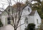 Foreclosed Home in Du Quoin 62832 210 S LAUREL AVE - Property ID: 4341042