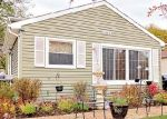 Foreclosed Home in Round Lake 60073 1013 BONNIE BROOK LN - Property ID: 4343367