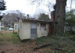 Foreclosed Home in Gastonia 28052 1216 JACKSON RD - Property ID: 4344716