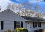 Foreclosed Home in Port Jefferson Station 11776 6 KOOL PL - Property ID: 4345737