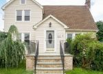 Foreclosed Home in Bellmore 11710 2503 CENTRE AVE - Property ID: 4345809